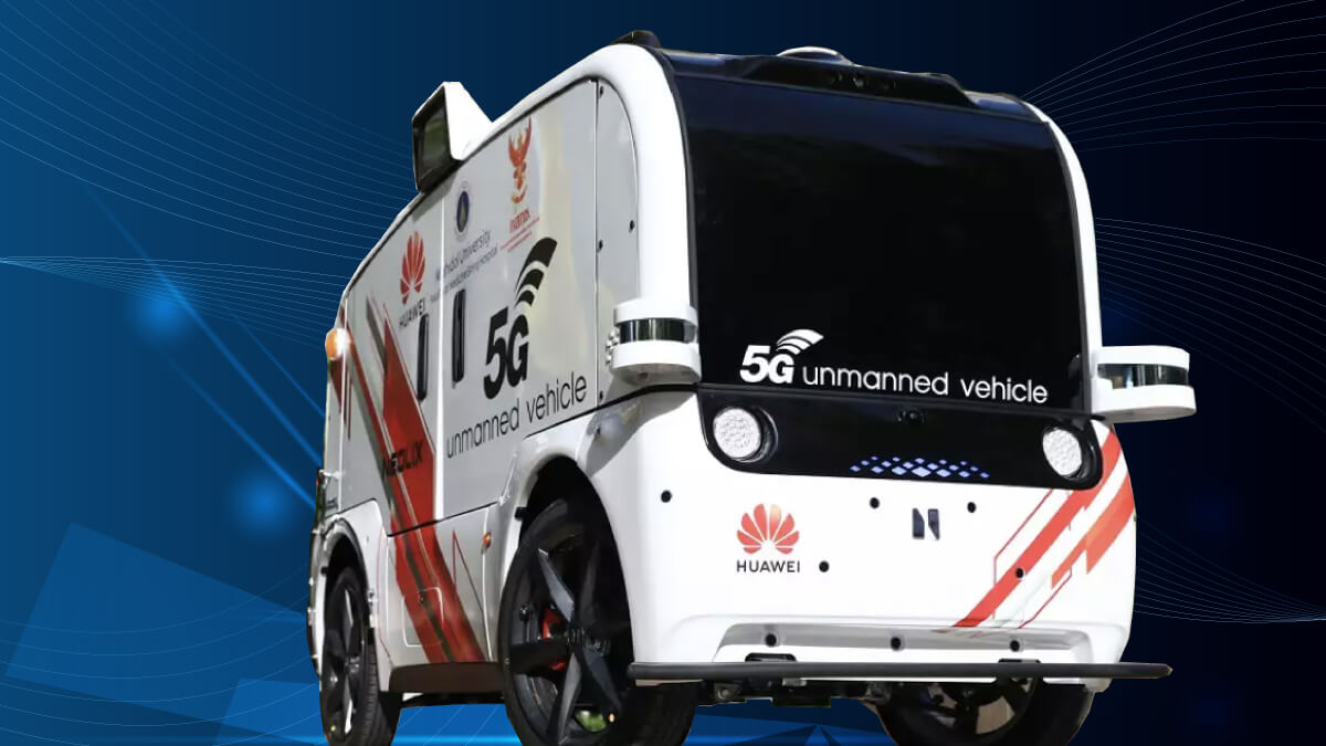 Driverless 5G delivery vehicle for medical supplies