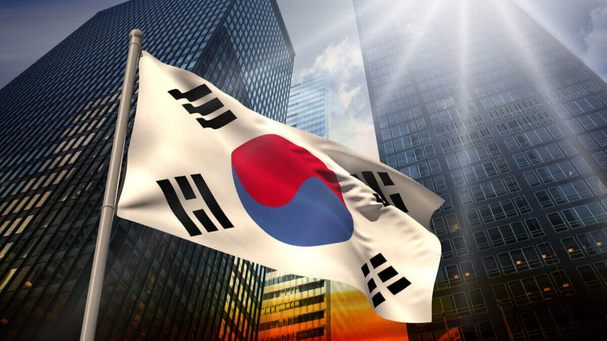 """China and the United States have been fighting to secure leadership in 5G deployment. However, Korea was ranked on top among the list of countries in 5G availability in 2020, according to a report entitled """"The State of 5G Deployments"""" published by Viavi Solutions. The report states that 5G is available in 85 cities across South Korea. Recently, Telecom carriers are planning to expand the 5G networks across an additional 85 cities. """"Korea is home to global network equipment manufacturers actively working to advance 5G and historically worked on fiber deployment,"""" commented Viavi CTO Sameh Yamany, according to RCR Wireless News. Aiming to boost the 5G infrastructure across Korea, Telecom operators have agreed to invest $22 billion by 2022. Korean President Moon Jae-in expects to create 600,000 jobs and a 5G-based export industry worth $73 billion by 2026, according to Capacity Media. The joint- investment will be used to enhance 5G quality in Seoul and six other metropolitan cities by 2020. The plan also consists of the deployment 5G in 2,000 multi-purpose facilities, on Seoul Metro lines 2 and 9 and along major highways. During a meeting with the three-telecom operators, Science and ICT Minister Choi Ki-young said that the 5G is the core base for Korea's """"Digital New Deal"""". Based on telecom companies' demands, the government is planning to provide tax reductions for the three carriers aiming to secure nationwide 5G coverage up to 70% by 2025. Korea is working hard on 5G network deployment. The country's readiness in the deployment of high-speed Internet connectivity goes back to a serious governmental policy. Back in 2014, the Korean government announced the 5G strategy with an initial investment of $1.5 billion. In 2018, the country was ranked the second readiest country for the deployment of the fifth generation, according to """"The Global Race to 5G"""" by CTIA. In April 2019, South Korea was the first country to launch commercial 5G networks. According to RCR Wireles"""