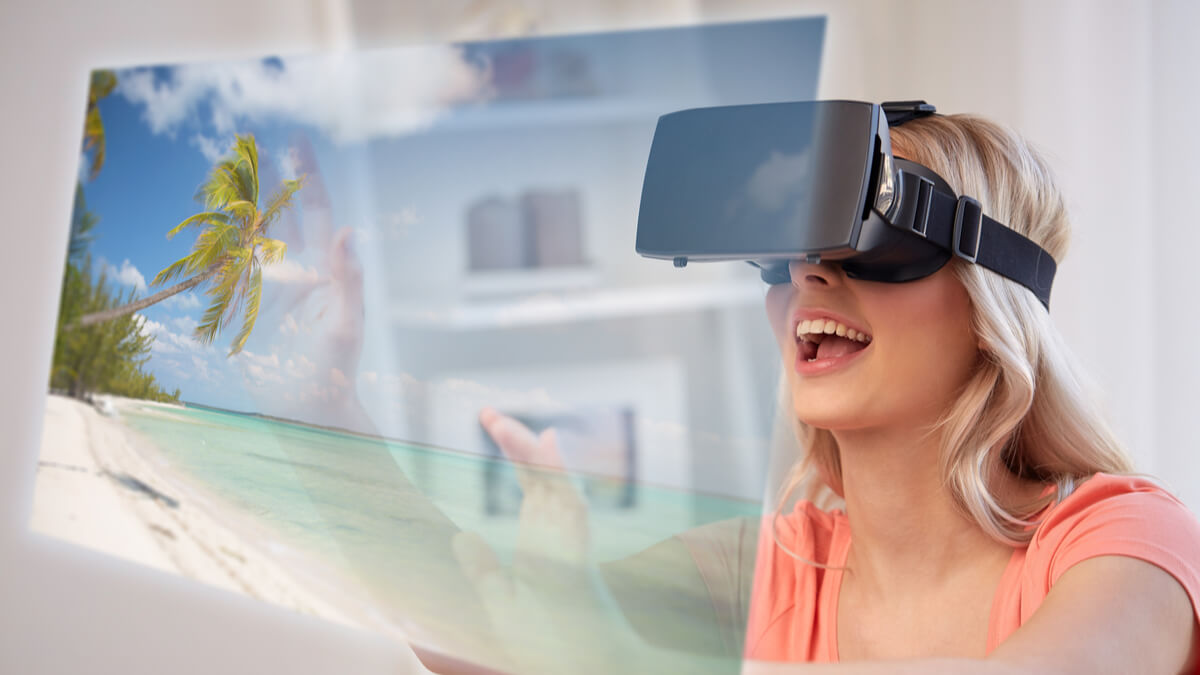 Virtual Reality to enhance the travel experience