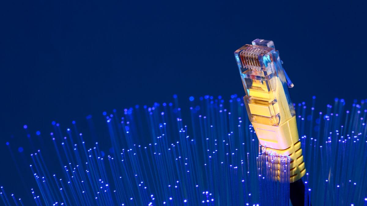 UK improvements with deployment of full fibre broadband
