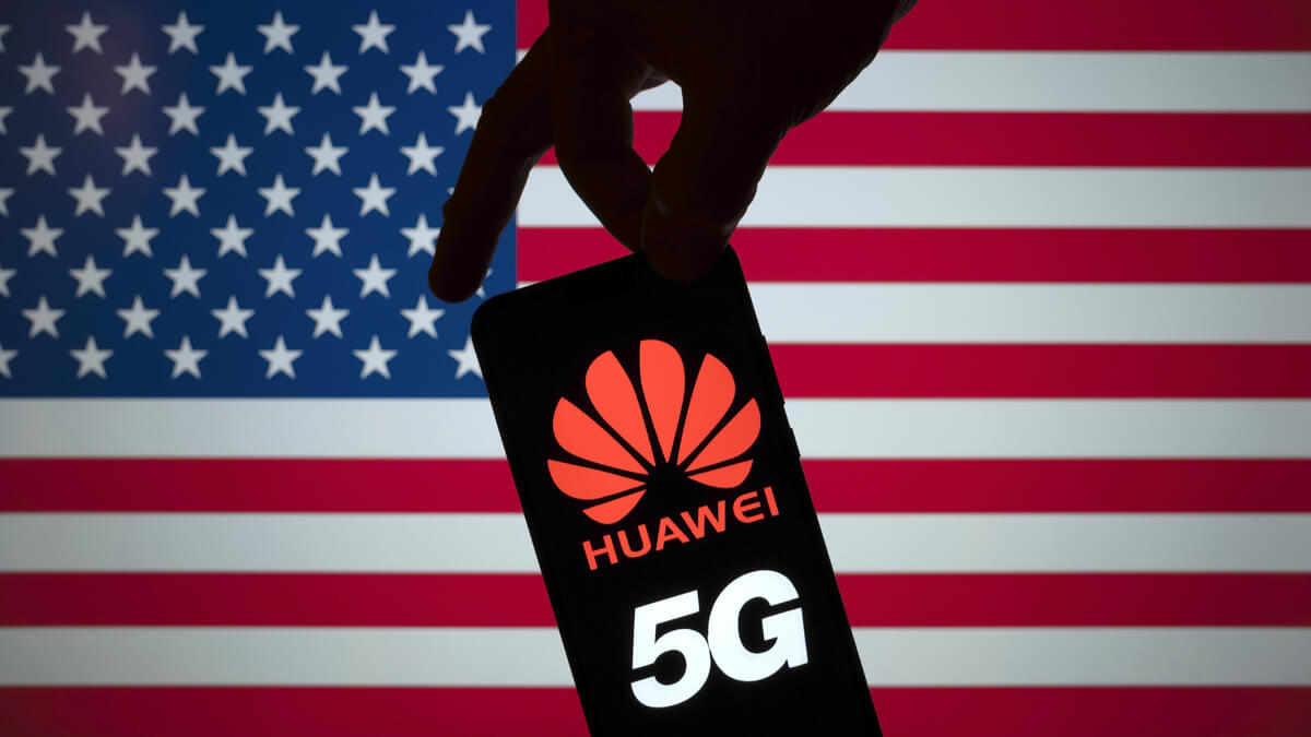 Regulators must look past politics when banning Huawei, report warns
