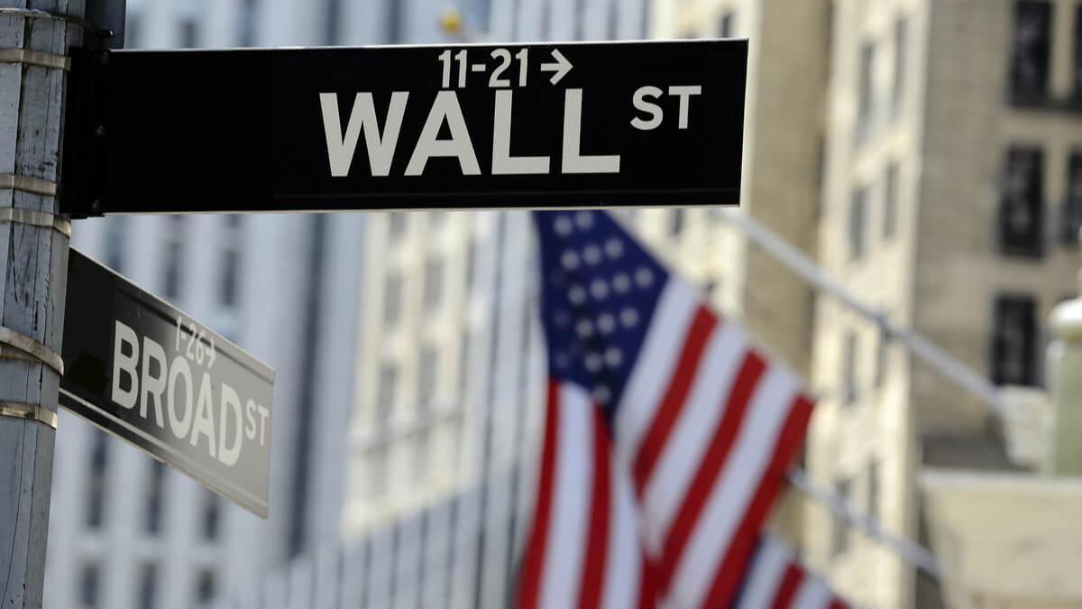 Senate vetting Biden's choice for SEC head amid stock drama