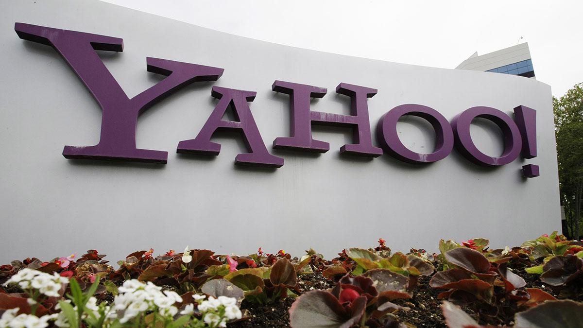 Verizon sells internet trailblazers Yahoo and AOL for $5B